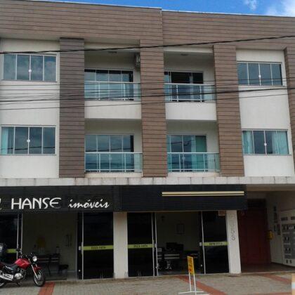 Locação - Apartamento - Av. Irmãos Pereira 2658 - apto 06 - Centro