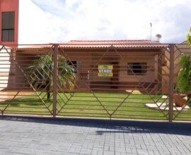 Venda - Residência - Rua Azulão 114 - Jardim Nossa Senhora Aparecida