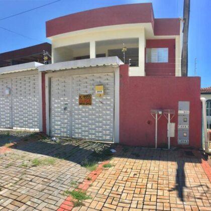 Locação - Apartamento - Rua Ivo Mario Trombini 214 B - Jd. Laura