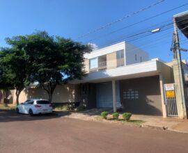 Locação - Apartamento - Rua Roberto Brezezinski 930 - apto 201 - Ed. Magnólia - Centro