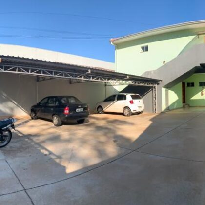Locação - Apartamento - Av. Jorge Walter 1290 - apto 04 - Centro