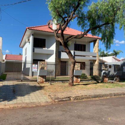 Venda - Sobrado - Rua Alcides Ferreira Toledo 114 - Jd. São Pedro