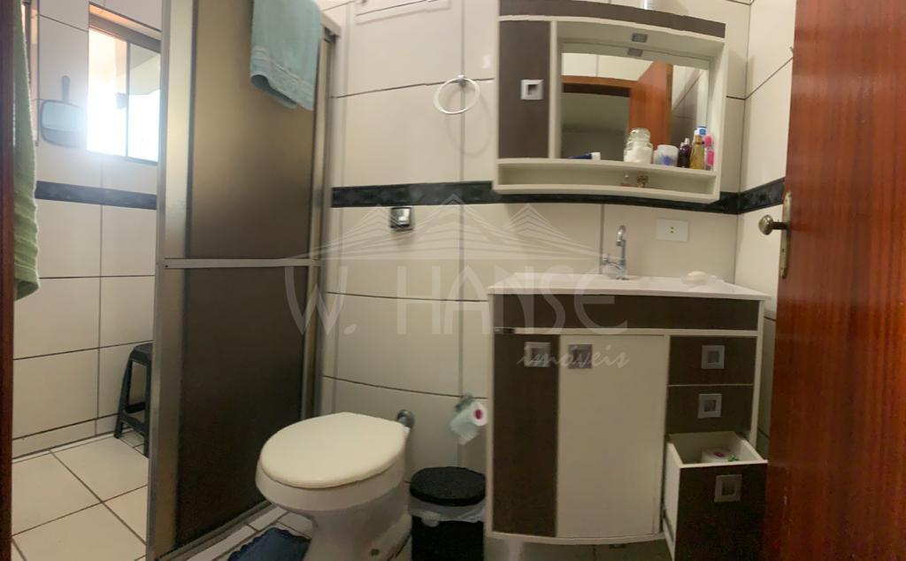 Piso Superior: Banheiro Suíte