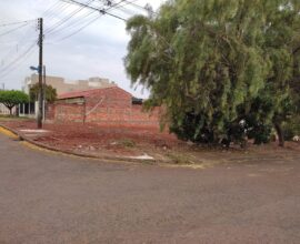 Venda - Terreno - Rua dos Pessegueiros Esq. Rua das Acácias - Jd. Araucária